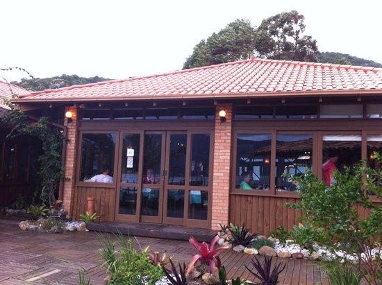 Ponta das Caranhas: Restaurante