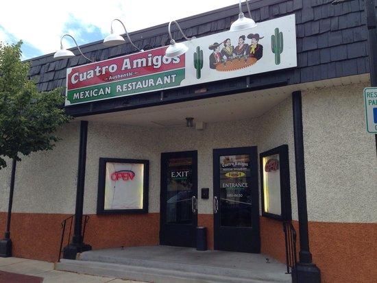 Cuatro Amigos: Street side entrance