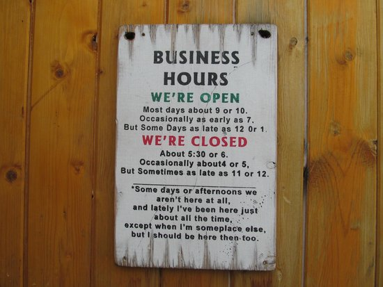 Joe Schmucks Roadhouse: business hours
