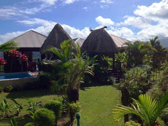 Emaho Sekawa Resort: Exterior Villa Emaho