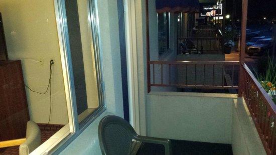 Durango Lodge: On the balcony