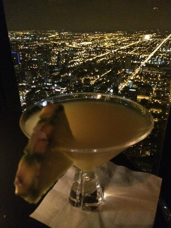 Signature Lounge: King of Diamonds, King of Views