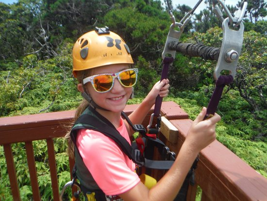 Kapalua Ziplines : Has NO FEAR!