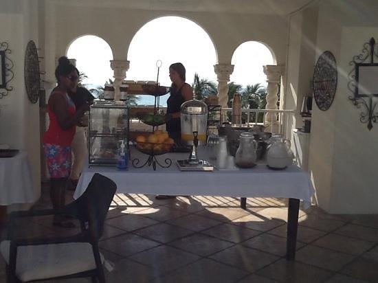 Edgewater South Beach: Desayuno
