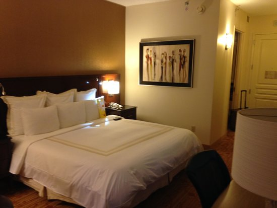 Dallas/Plano Marriott At Legacy Town Center: room