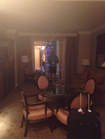 Signature at MGM Grand: Living room