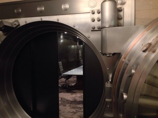 Courtyard by Marriott San Diego Downtown: Vault