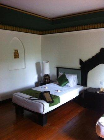 Amazing Bagan Resort: chambre