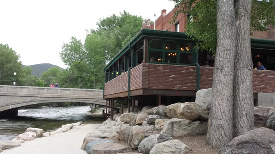 Boathouse Cantina: view up to restaurant from river