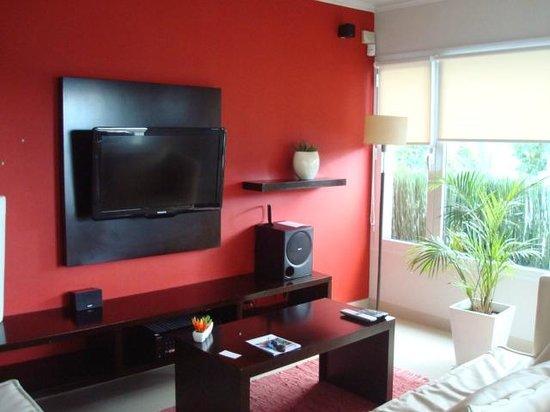Foto de sosiego apartamentos tandil living minimalista y for Foto minimalista