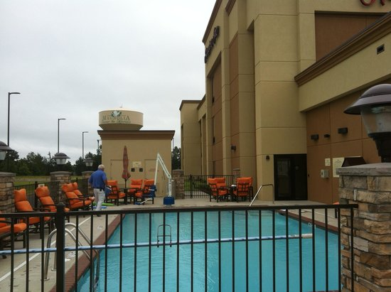 Hampton Inn Magnolia : notice the lift