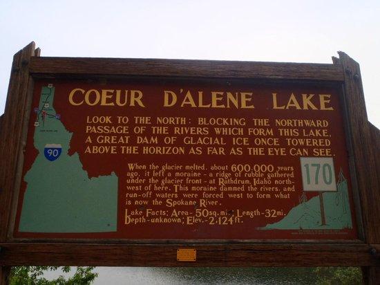 Coeur d'Alene Lake: Sign