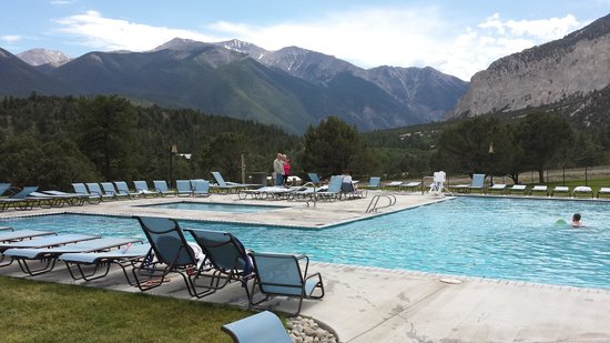 Mount Princeton Historic Bath House & Hot Springs: upper pools