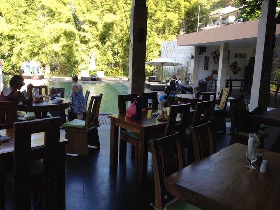 Kebun Villas & Resort : Restaurant