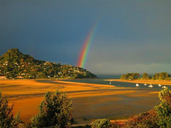 Sunlover Retreat : Rainbow over Paku
