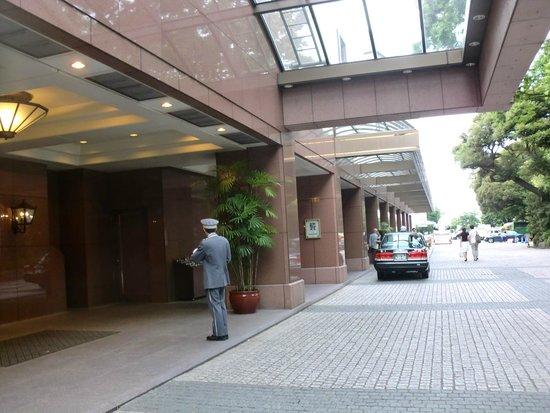 Hotel Chinzanso Tokyo : 玄関