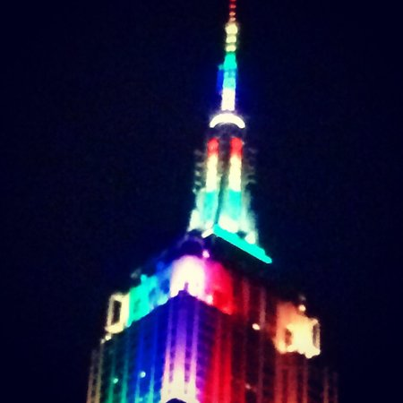 Kimpton Hotel Eventi: View of Empire State Building for pride weekend