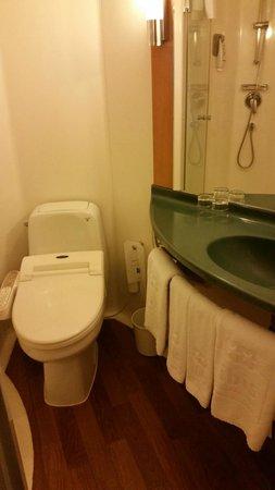 ibis styles Ambassador Seoul Gangnam: the 'portable' bathroom