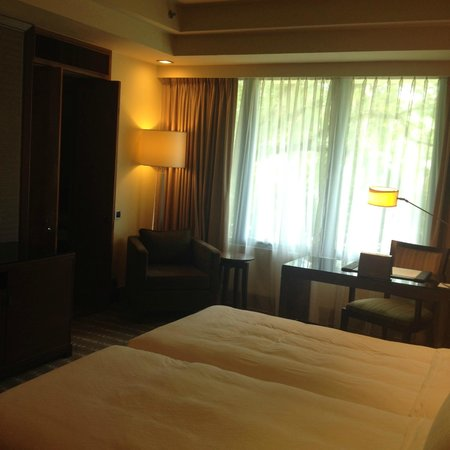 Sofitel Singapore Sentosa Resort & Spa: Spacious Room