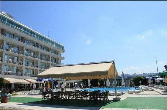 Pelikan Hotel: pelikan