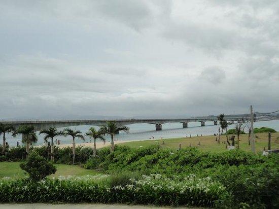 Kori Bridge: 古宇利島から見た古宇利大橋