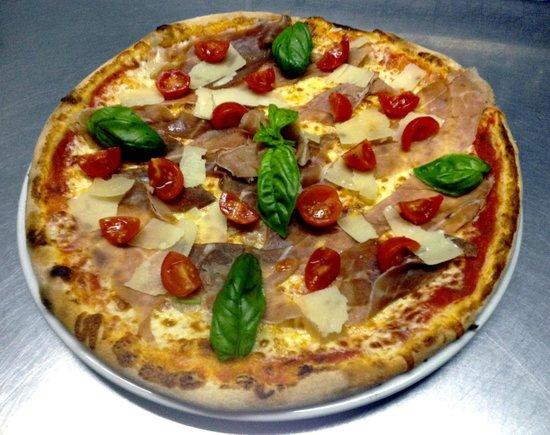 U Rosumarinu : pizza