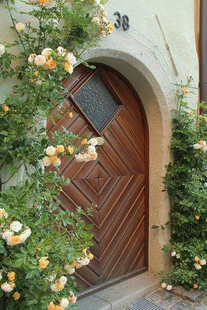Altstadt: Beautiful doorways
