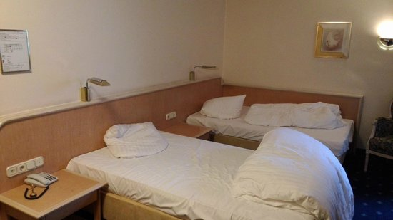 Ambiente Hotel: Einzelbetten vorhanden