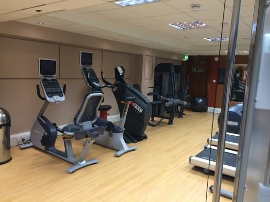 Hilton London Kensington: fitness room - photo 4