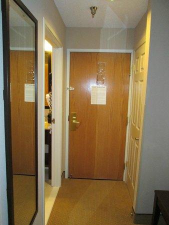 Comfort Inn & Suites Tinley Park IL: inside room
