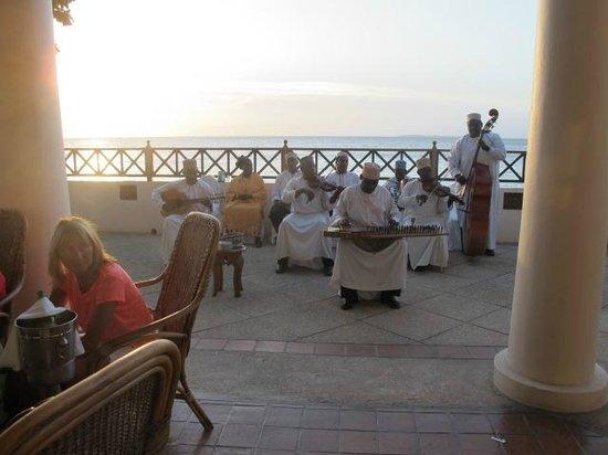 Zanzibar Serena Hotel: musica dal vivo
