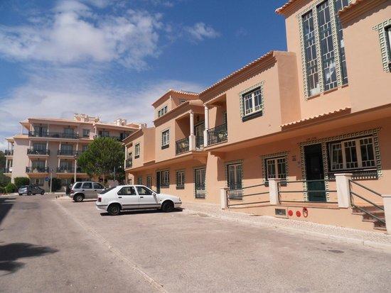 Quinta Pedra dos Bicos: Front of apartments