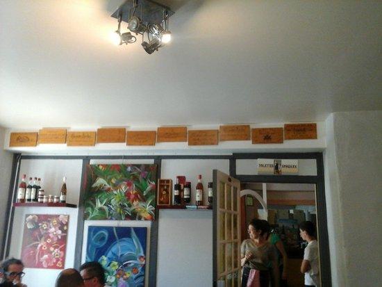 Hotel Etchepare: ici on aime le bon vin bordelais
