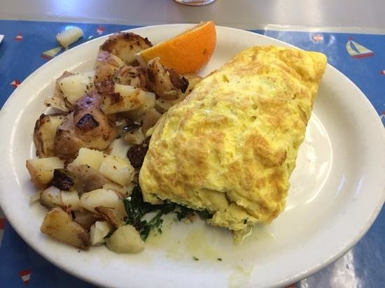 Lighthouse Breakfast & Lunch: Norwegian Salmon Omelet