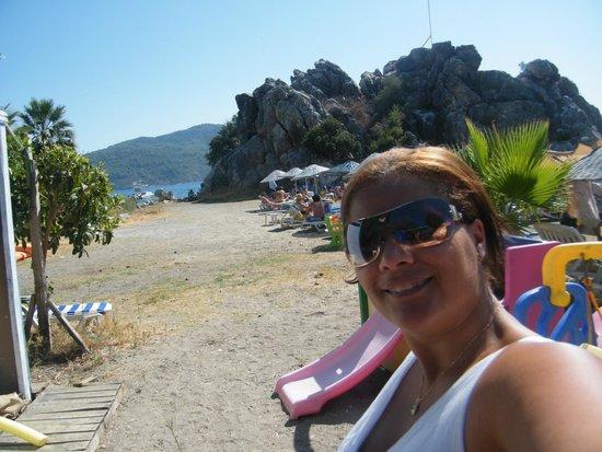 Marina de Marmaris : Bar Limon Beach - atendimento super descontraído, bebidinhas mara e praia best