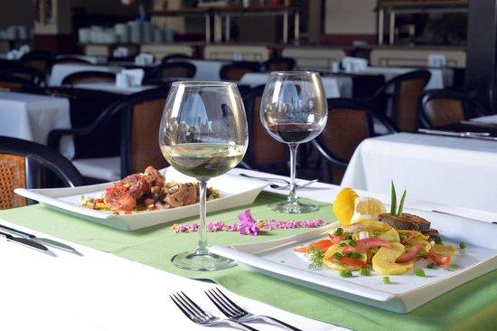 Suncity Hotel & Beach Club : Restaurant