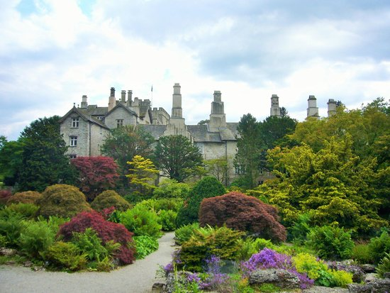 Kendal, UK: Sizergh Castle from the gardens