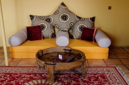 Zanzibar Palace Hotel: Signature Suite Arabica - Lounge