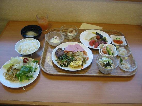 Hotel Ekimae : 朝食バイキング