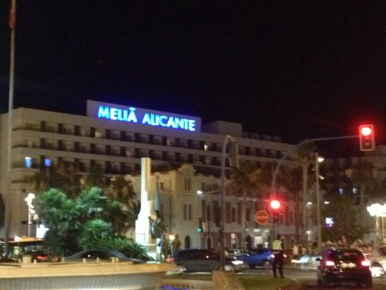Melia Alicante: Hotel taken from main promenade where shops and bars start
