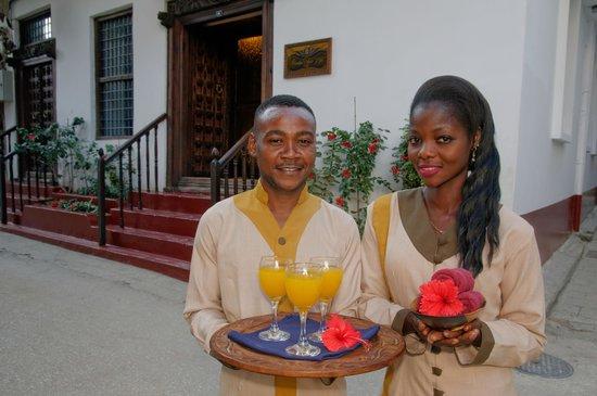 Zanzibar Palace Hotel: Hotel Exterior - Entrance