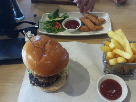 Combe Haven Holiday Park - Haven: Ultimate Burger