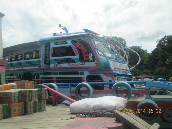 Lake Toba: ferry