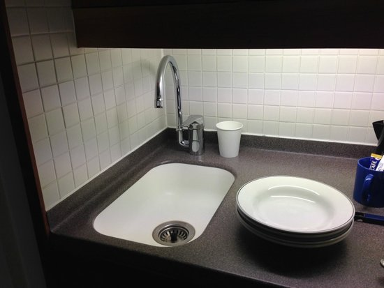 Club Quarters Hotel, St. Paul's : Sink in the room