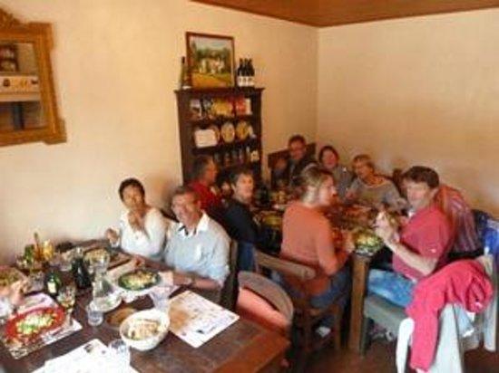 Gîte d'Etape Clos des Escoutilles : Salle a manger