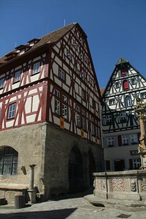 Rothenburg Town Hall (Rathaus): City square