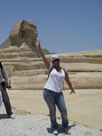 Sphinx : Esfinge, enorme e inacreditavelmente potente. Resistindo ao calor intenso.