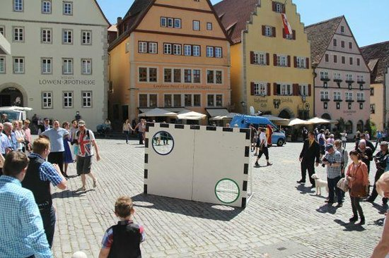 Rothenburg Town Hall (Rathaus): Wedding in city square