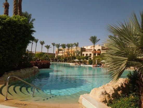 The Makadi Spa Hotel: один из бассейнов