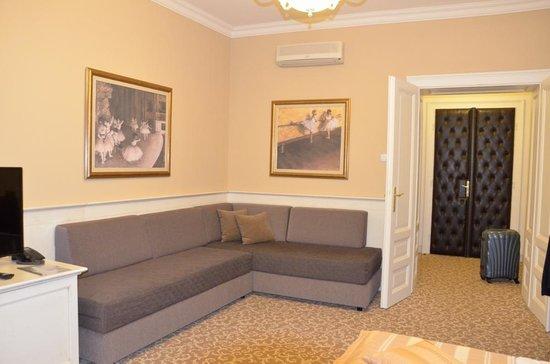 Booking Rooms : Улучшенный номер